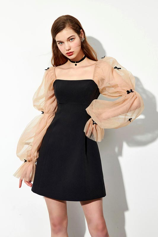 Fashion Puffy Tulle Sleeves with Bows Mini Cape Dress Black Dress (T360005)