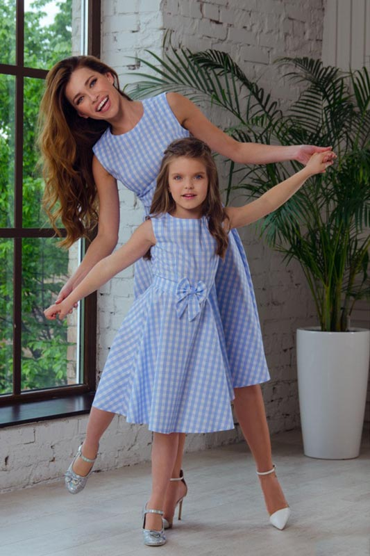 New Mommy and Me Blue and white Plaid Summer Holiday Dress (T402032)
